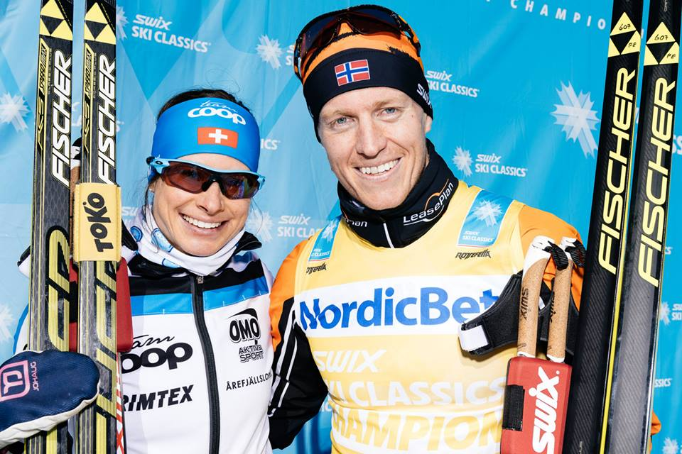 Seraina Boner (l) of Switzerland and Team Coop and Petter Eliassen of Norway and Team LeasePlan Go won the 2015 Årefjällsloppet, receiving equal paydays. (Photo: Ski Classics)