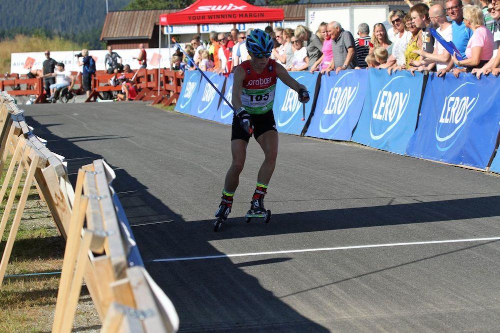 Liz Stephen on course in the 15 kilometer skiathlon. (Photo USSA)