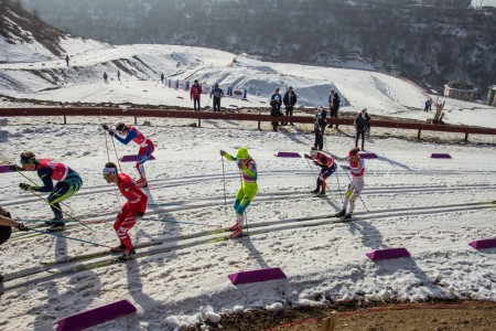 Thomas O'Harra (back left) staying with the leaders during the initial leg of the men's relay at the Junior Planet Championships in Almaty, Kazakhstan (Photograph: Logan Heinemann)