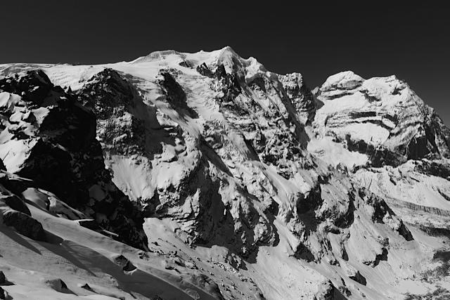 9e0f7 ski mera peak