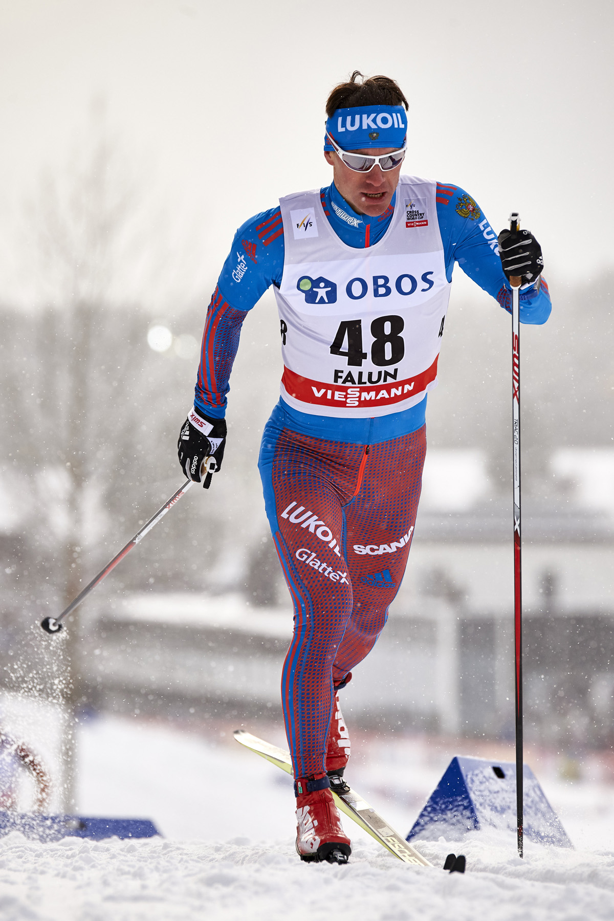 Maxim Vylegzhanin competing in the 10 k classic in Falun, Sweden, in 2016. (Photo: Fischer/NordicFocus)