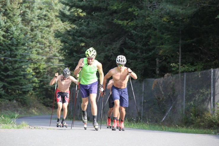 c30e1 ski Paddy Rogan Brown Daniel Streinz red black shorts