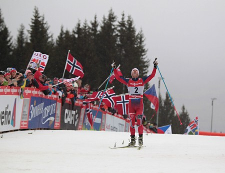 Elated Sundby crosses the line to wrap up his second consecutive Tour de Ski title - Photograph: NewsPower.it
