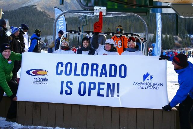 de4b4 ski Opening Day Banner