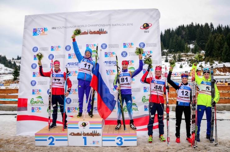 The youth men's podium (and best 6) at the flower ceremony on Friday at IBU Youth Globe Championships in Cheile Gradistei, Romania: one. Russia's Igor Malinovskii (11), 2. Norway's Endre Strømsheim (77), three. Russia's Viacheslav Maleev (81), four. Norway's Aleksander Andersen (48), 5. France's Morgan Lamure (twelve), six. Sweden's Sebastian Samuelsson (5). (Photograph: IBU YJWCH Cheile Gradistei 2016/Facebook)