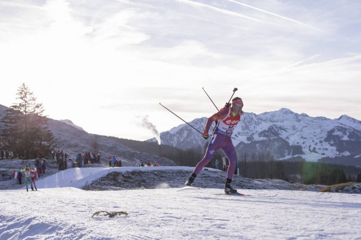 Lowell Bailey on his way to 13th in the men's twelve.5 k pursuit at the IBU Globe Cup in Hochfilzen, Austria. (Photo: USBA/NordicFocus)